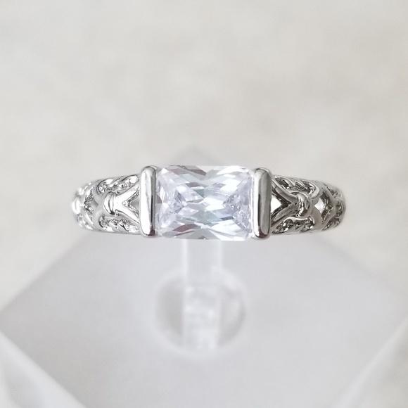 Jewelry - 18k Horizontal Filigree Band